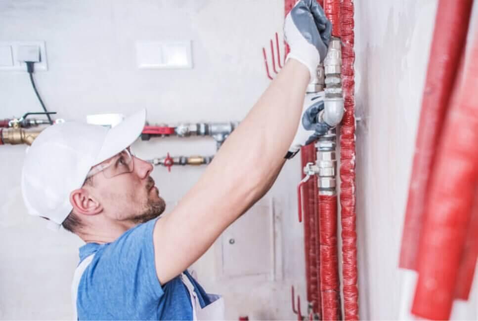 częste awarie instalacji hydraulicznej